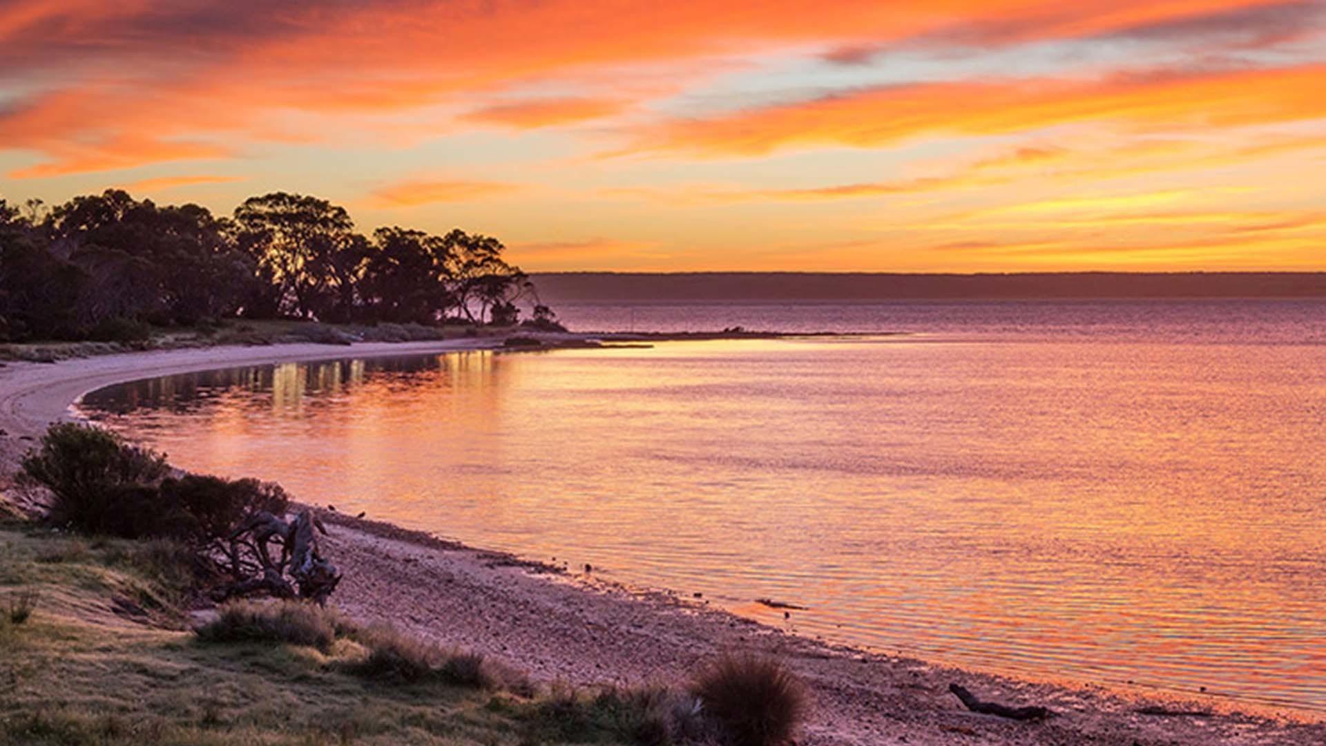 Mercure kangaroo island lodge one sealink Sunset lodge